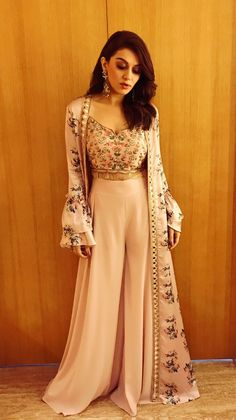 Photos: An elegant Hansika Motwani gears up to attend an event - Pinkvilla - Photos Party Wear Indian Dresses, Indian Wedding Gowns, Indian Gowns Dresses, Indian Fashion Dresses, Dress Indian Style, Indian Designer Outfits, Pakistani Dresses, Indian Outfits, Indian Fashion Trends