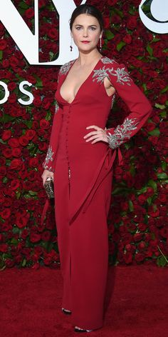 Keri Russell Shows Off Her Impressive Post-Baby Body on the Tony Awards Red Carpet — See the Pic! Tony Award, Krysten Ritter, Kirsten Dunst, Kate Bosworth, Keira Knightley, Kristen Stewart, Celebrity Red Carpet, Celebrity Style, Celebrity Jewelry
