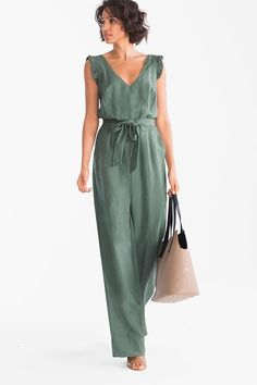 This jumpsuit with frilled straps and tie belt brings a feminine stylish note to an outfit Jumpsuit Dress, Dress Up, Fancy Dress, Summer Jumpsuit, Strapless Jumpsuit, Outfit Trends, Linen Dresses, Jumpsuits For Women, Long Jumpsuits