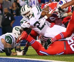 New York Jets running back Matt Forte (22) dives for a touchdown during the first half an NFL football game against the Buffalo Bills on Thursday, Sept. 15, 2016, in Orchard Park, N.Y.