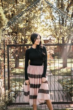 Rachel Parcell Collection October New Arrivals. - Pink Peonies by Rach Parcell Modest Dresses, Modest Outfits, Skirt Outfits, Modest Fashion, Chic Outfits, Apostolic Fashion, Church Dresses, Dressy Outfits, Muslim Fashion