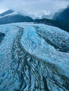 GLACIER (Places) - The other-worldly experience! ((Photo and caption by Rafael Urrutia/National Geographic Photo Contest)# Wallpaper 2017, National Geographic Photo Contest, Juneau Alaska, Le Far West, Fauna, Photo Location, Amazing Nature, Belle Photo, Beautiful Landscapes