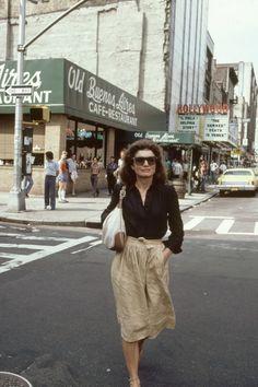 In Photos: Jackie Kennedy Onassis's Iconic Style  - HarpersBAZAAR.com