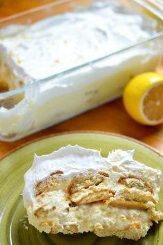 Lemon Icebox Cake is creamy, dreamy, citrusy, and fresh. This cool dessert is perfect at the end of a hot summer day and a great weekend treat. Icebox Desserts, Icebox Cake Recipes, Lemon Desserts, Lemon Recipes, Summer Desserts, No Bake Desserts, Dessert Recipes, Layered Desserts, Cold Desserts