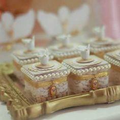 Lindo Batizado de meninas Malu e Manu na Sofisticatto Festas e Eventos. Faça seu orçamento conosco 3353 6228 #batizado#batizadodaprincesa #batizadolindo#decoraçaobatizado#decoraçao#cupcake#doceanjo#anjo#lembrançabatizado