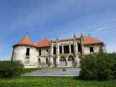 Little things about Banffy Castle Bonțida - Cluj, România Chateaus, Little Things, Hungary, Romania, Palace, Travelling, Places To Visit, Tower, Europe
