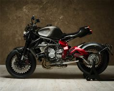 "Racing Cafè: MV Agusta Brutale 800 ""One"" by Officine GP Design"