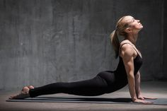 10-yoga-poses-for-faster-weight-loss8