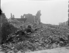 """scrapironflotilla: """" Patrol of 1st Battalion, Cameron Highlanders (1st Division) in action amidst the ruins of Cuinchy, 17 April 1918. """""""