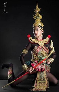 Thailand won best National costume award at Miss Intercontinental 2016