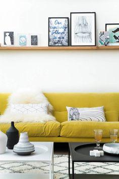 El amarillo es un color increible para tu sala: le da vida a tu hogar! Atrevete!