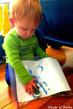 Car Tracks in a Bag - Mess Free Paint Fun - Transportation Tuesday: Car Week - House of Burke