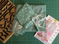 Sewing on piping with a regular zipper foot can be difficult because it is hard… Sewing Tips, Sewing Hacks, Sewing Tutorials, Sewing Patterns, Sewing Piping, Hand Sewing, Quilting, Diy Crafts, Zipper