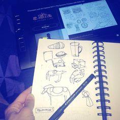 Trying to learn something from great @peterhanstyle  ______ Próbuje sie coś nauczyć z wykładu Petera Han w Łodzi. Mam nadzieje że coś zostanie w głowie!  ______ #arteducation #arted #drawingcamp #learntodraw #sketchbook