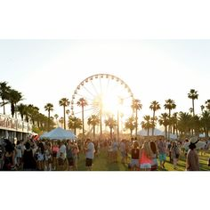 The 30 Best Music Festivals in the World ❤ liked on Polyvore featuring pictures, backgrounds and summer