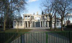 Zale Main Entrance by Plecnik, Photo of Ljubljana - IgoUgo