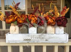 Check out our latest collection of seasonal decor featuring 17 Shabby Chic Handmade Fall Mason Jar Decor Ideas For The Home. Fall Mason Jars, Mason Jar Crafts, Mason Jar Diy, Fall Home Decor, Autumn Home, Diy Home Decor, Mason Jar Centerpieces, Decorated Jars, Fall Diy
