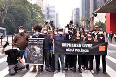Durante os protestos contra o presidente Michel Temer (PMDB) em São Paulo…