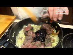 Laci bácsi konyhája Gemenci vaddisznó ragu www. Scampi, Make It Yourself, Meat, Shrimp, Youtube, Food, Essen, Meals, Youtubers