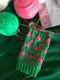 katespoke:  It's starting to happen! Hopefully I can gift these before winter is over! Flamingo Mittens by SpillyJane