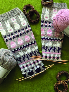 Nordic Yarns and Design since 1928 Wool Socks, Knitting Socks, Hand Knitting, Bunny Crafts, Drops Design, Baby Knitting Patterns, Mittens, Knit Crochet, Diy And Crafts
