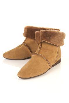 Topshop Alps shearling boots, sz 39, 40 euros