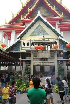 Good Morning Old Bangkok Thonburi ธนบุรี Walking Tour Walking Tour, Bangkok, Thailand, Tours, House Styles, Outdoor Decor