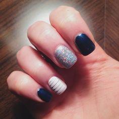 love love navy blue gel nails !!! #sparkles #blue #navyblue #nailart
