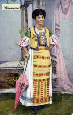 Port popular din Banat (7) Sari, Textiles, Costumes, History, Blouse, Beauty, Women, Fashion, Saree