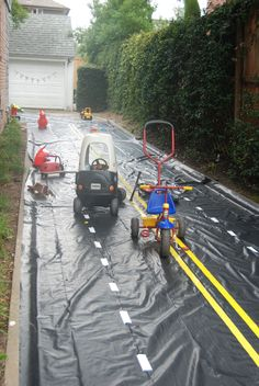 """The """"road"""" was inspired by Cake Likes a Party's pictures from her son's Cars and Trucks and Things that Go birthday party.  Thanks for the great idea!"""