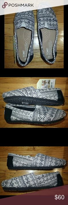 TOMS Black/Beige Taupe Printed Wool Shoes 6 - NIB 🆕 Brand new, never worn, no damage. 100% authentic.  👍 Smoke-free, pet-free household.   🚫 No trades/swaps!  🚫 No holds!  🚫 No low-balling!  🚫 No PayPal!   ✔ Reasonable offers welcomed! Please use the offer button so I know you are serious about the item! I will not respond to price negotiations via comments.  ✔ I love bundling! Not only will you get ONE shipping fee, I will also discount your combined total! Please ask me in the…