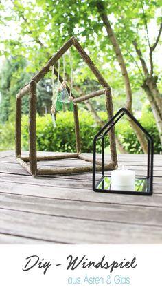 Dani von Gingered Things zeigt dir wie du aus Ästen und Glasscherben ein tolles Windspiel für den Garten basteln kannst.