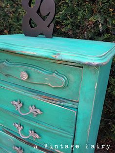 Love this DIY distressed dresser Cool Furniture, Painted Furniture, Distressed Dresser, Vintage Fairies, Home Projects, Repurposed, Sweet Home, Crafty, Teal Dresser