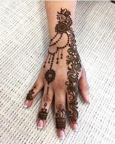 Application Techniques Of Tattoos Henna Designs For Kids, Full Mehndi Designs, Mehndi Design Pictures, Mehndi Images, Henna Tattoo Designs, Henna Ink, Henna Drawings, Hand Mehndi, Beautiful Mehndi Design