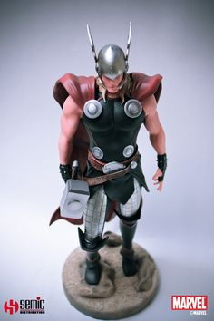 Marvel Comics Museum Collection Statue - Thor
