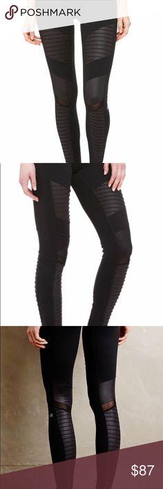 Alo Yoga NWT Moto Leggings, Black Brand new. Wrong sizes given as gift ALO Yoga Pants Leggings