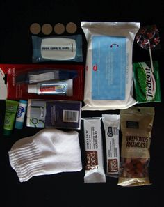 """Blessing Bags- handout to the homeless who ask you for money. Include a little card that has a scripture and says """" I give this in the name of Christ Jesus"""""""