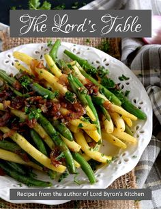Sauteed Green Beans with Caramelized Shallots – Lord Byron's Kitchen - Thanksgiving Recipes Mexican Vegetable Soup, Vegetable Sides, Vegetable Recipes, Vegetarian Recipes, Sauteed Green Beans, Sauteed Greens, Yellow Beans Recipe, Parmesan Pork Chops, Caramelized Shallots