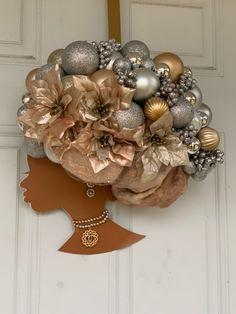 Christmas Holiday Santa Wreath Ribbon Swirl Satin Chrome Plated Metal Money Clip