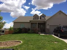 Beautiful home loacated in South Ridge Estate. 5 bedrooms 3 bathrooms. This home has laundry hook ups on both floors. Fully fenced with mature landscaping. Call Wendy Stockwell Lopez to schedule yo…