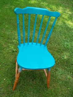 Just-a-Swingin' | This DIY Life Old Chairs, Outdoor Chairs, Outdoor Furniture, Outdoor Decor, Pink Chairs, Swinging Chair, Rocking Chair, Chair Swing, Diy Swing