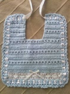 Crochet Baby Bibs, Crochet Baby Sandals, Crochet Baby Clothes, Love Crochet, Crochet Crafts, Crochet Yarn, Knit Picks, Yarn Projects, Baby Shower Decorations