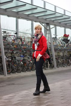Styling mit XXL-Schal - mein Beitrag für die Modeflüsterin http://www.ahemadundahos.de/gesucht-dein-lieblings-outfit-mit-schal/