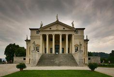 Villa Rotonda front - Andrea Palladio - Wikimedia Commons