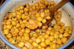 Garbanzos con #gambas en salsa de #anchoas Una receta sencilla con garbanzos cocidos, rápida y fácil de preparar, rica y sana e ideal incluso como entrante en cenas con amigos. Saludos, Pier