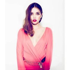 Ana de Armas: 22 Hottest Photos of the Cuban Actress