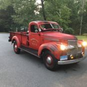 1949 5 Window Deluxe Chevrolet Pickup Truck 9' Foot Bed One Ton 3800 for sale: photos, technical specifications, description Classic Trucks For Sale, Chevy, Chevrolet, Advertising Tools, Retro Radios, Wood Beds, New Tyres, New Carpet, Modern Retro