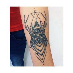 … Healed!! Gracias Amigo ✌️#tattoo #dotwork #blackwork #blxckink #blvckwork #colombia #bogota #bogotatattoo #deertattoo #deer #tumblr #geometría