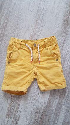 556b1716c69 Shorts garcon 4ans - Shorts court jaune Taille 4ans Lacets a la taille  Passant pour ceinture