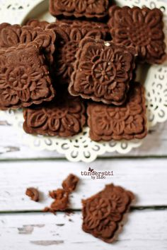 Tündérsüti: Mokka keksz Stamp Cookies Recipe, Hungarian Cake, Cookie Recipes, Dessert Recipes, Food Test, Small Cake, Sweet Life, Holiday Treats, Food To Make